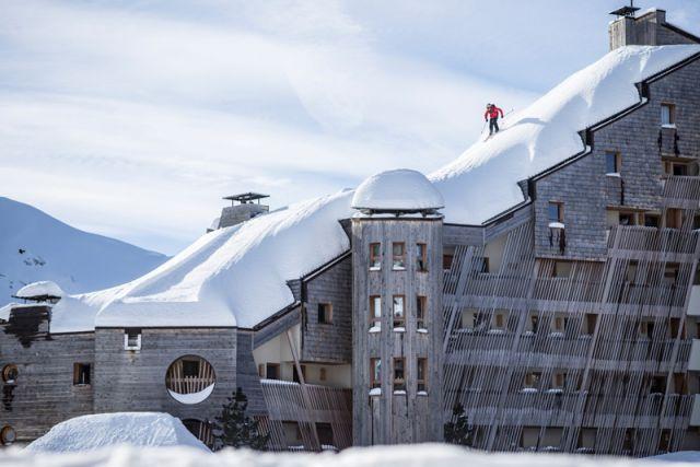 Du ski sur les toits d'Avoriaz
