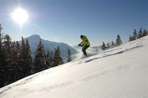 Bons plans ski aux Portes du Soleil dans les Alpes du Nord