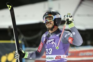 Cyprien Sarrazin 1ere victoire en Coupe du monde lors du Slalom parallele d'Alta Badia et 45 000 Eur